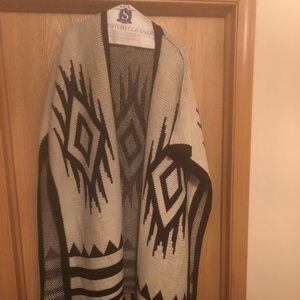 Andrew Marc Sweaters - Black/White Long Sweater